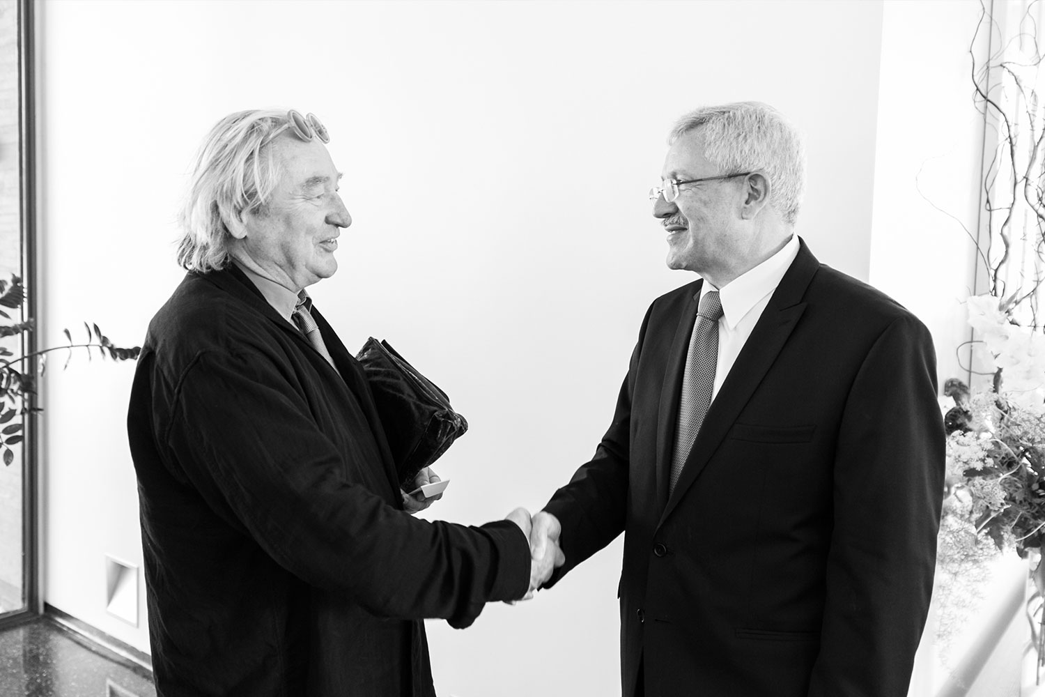 Ambassador and Steven Holl meeting at the Residence